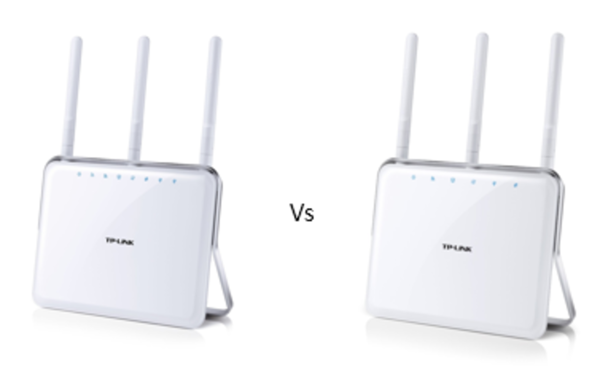 Can you spot the difference between the TP-Link Archer C9 (on the left) vs C8 (on the right)?