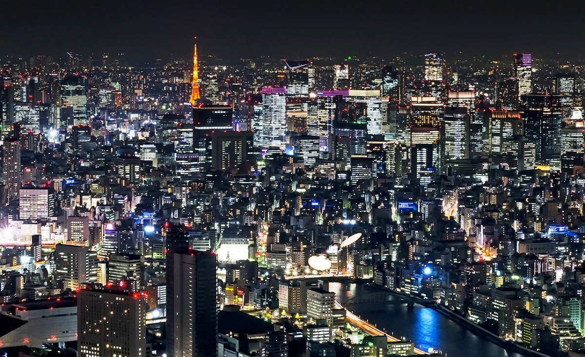 Tokyo Night Photography: 15 Faces of Japan's Capital After Sunset