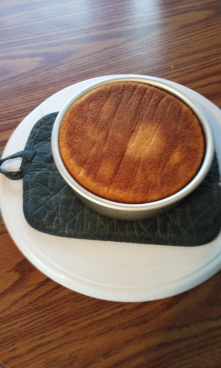 Protect your turntable from the hot pan (potholders or dishtowels work well).