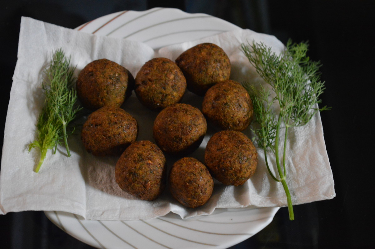 These dill leaf falafel make for a healthy and delicious vegetarian snack or side dish.