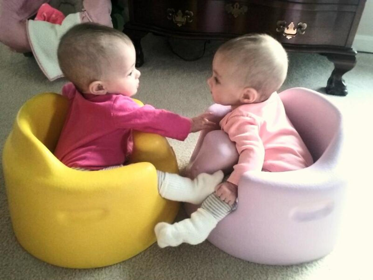 Possible Signs and Symptoms of a Twin Pregnancy   WeHaveKids