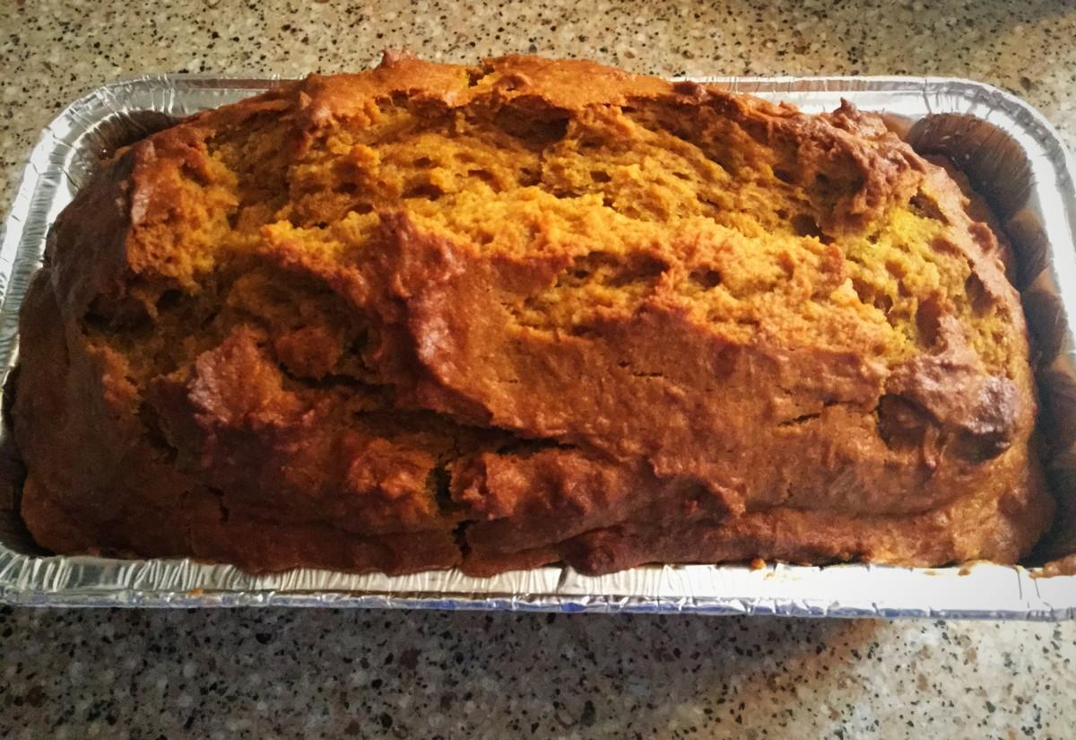 Healthy Pumpkin-Spice Bread