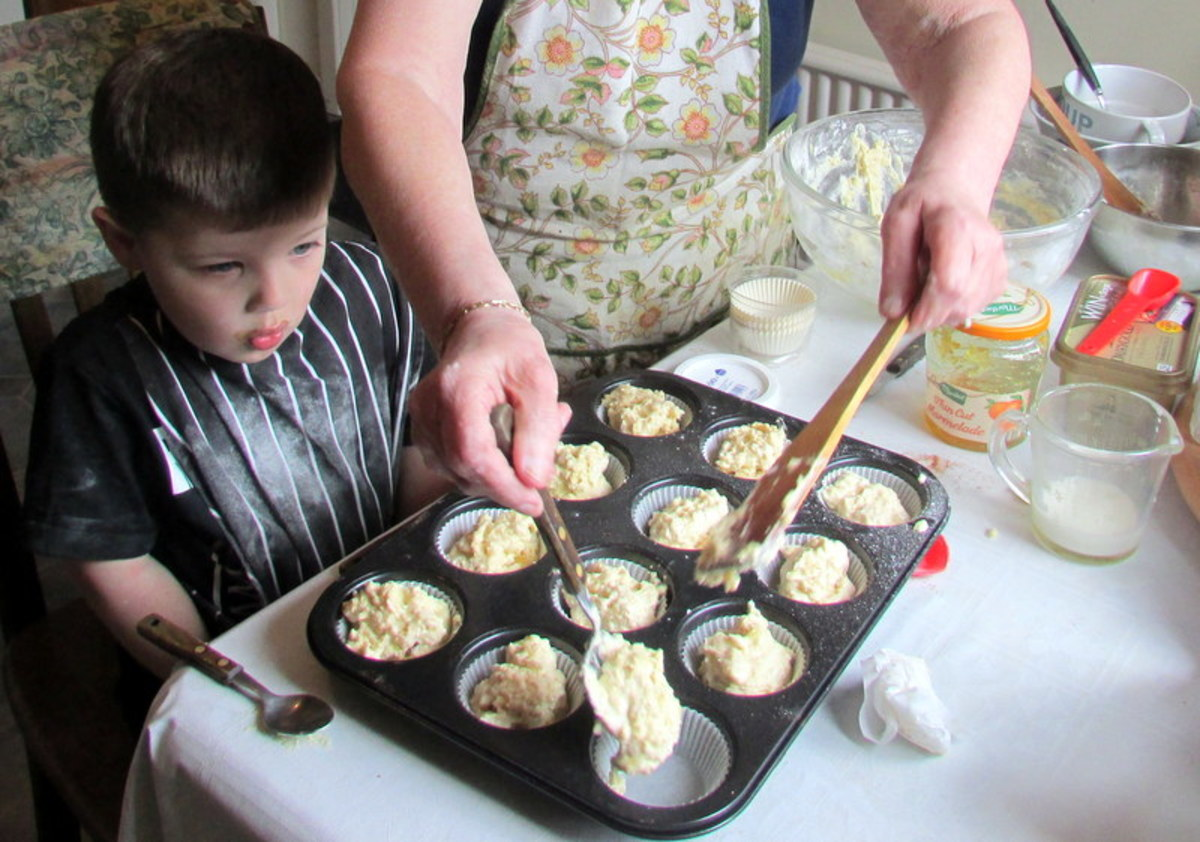 How to make muffins with Grandma