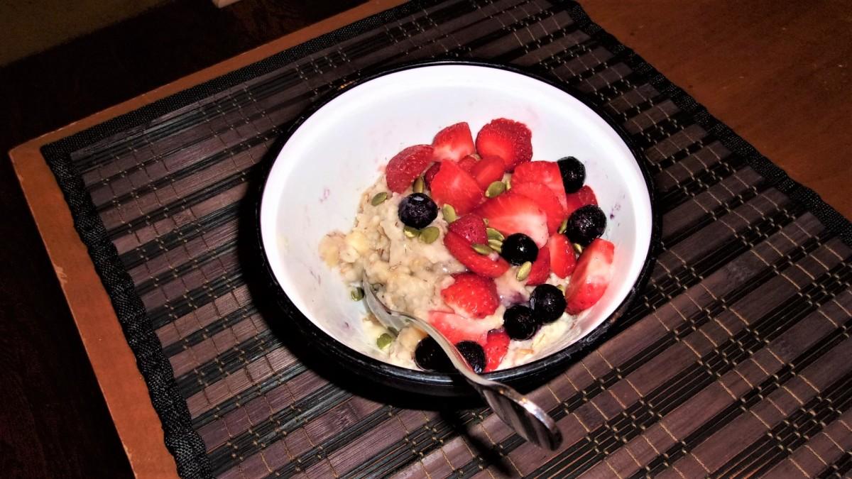Three Easy & Delicious Oatmeal Breakfast Recipes