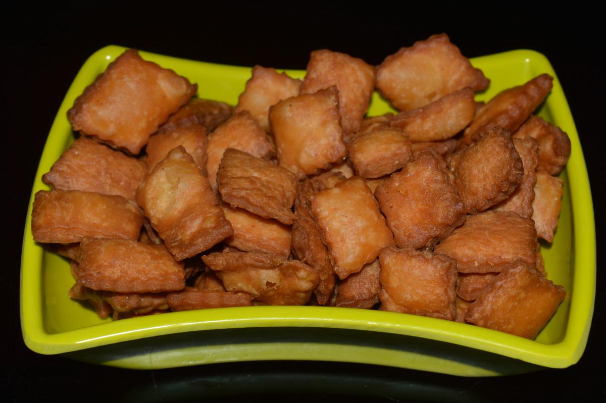 Snack Recipes: Sweet Diamond Cuts (Shankerpali) Recipe