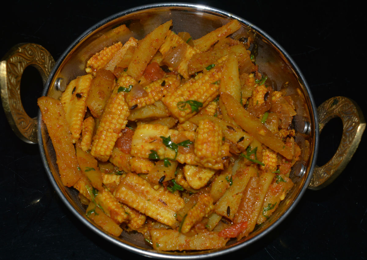 Healthy Recipes: Spicy Baby corn and Potato Stir-fry