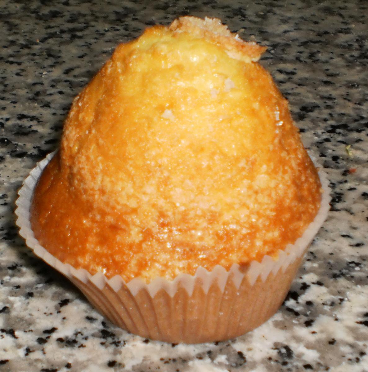 A magdalena cupcake