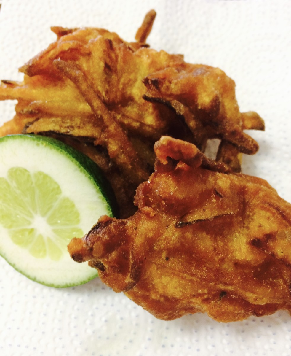 Homemade Onion Bhajis: An Easy and Tasty Vegetarian Recipe