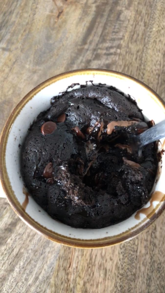 How to Make Chocolate Cake in a Mug
