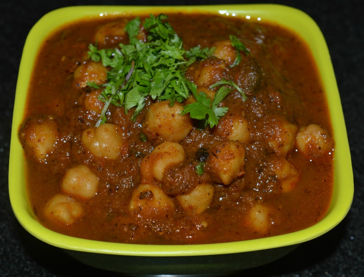 Pressure-Cooker Chickpea Curry or Chole Masala Recipe