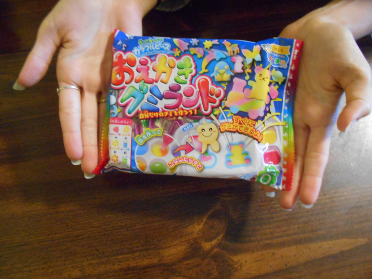 Making Japanese Gummy Candy Using a Kit