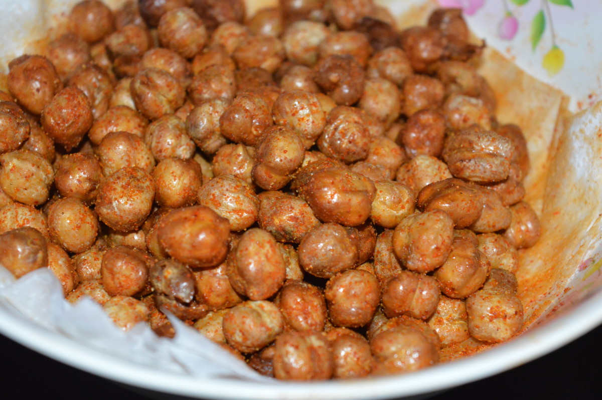 How to Make Spicy Fried Chickpeas or Garbanzo Bean Snacks at Home