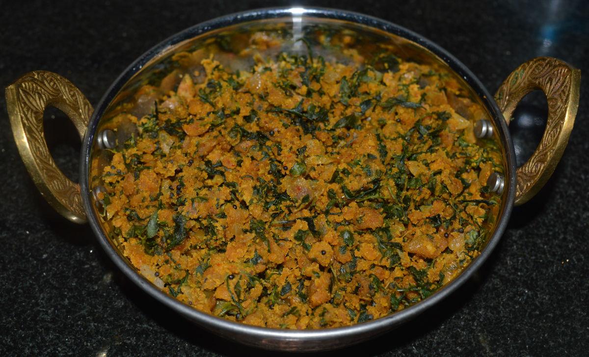 How to Make Methi Zunka (Fenugreek Leaf and Chickpea Flour Curry)