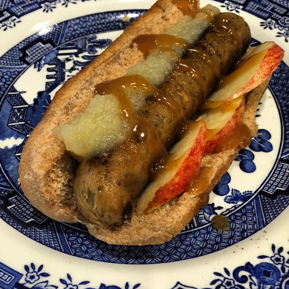 Gourmet Hot Dog: The Big Apple