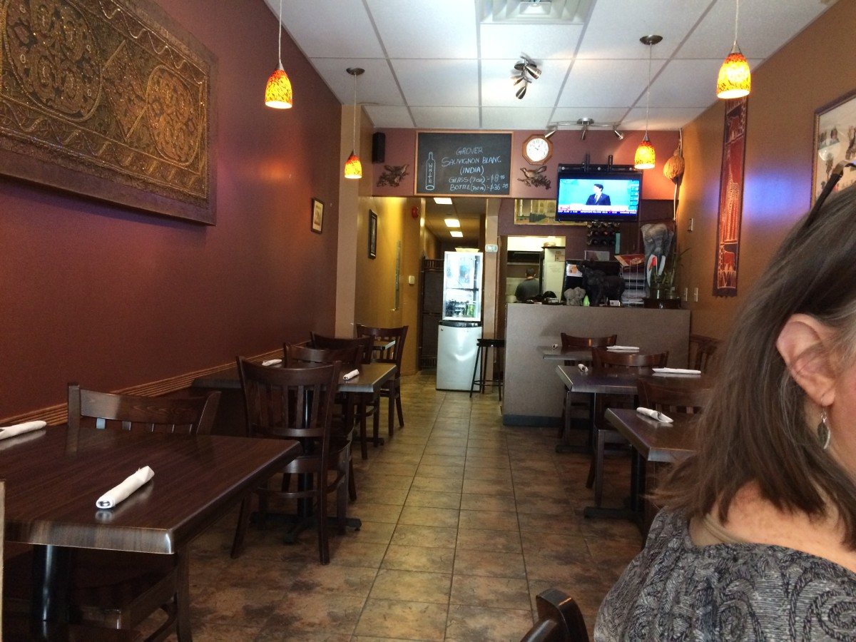 Review of Taj Curry House in Kingston, Ontario