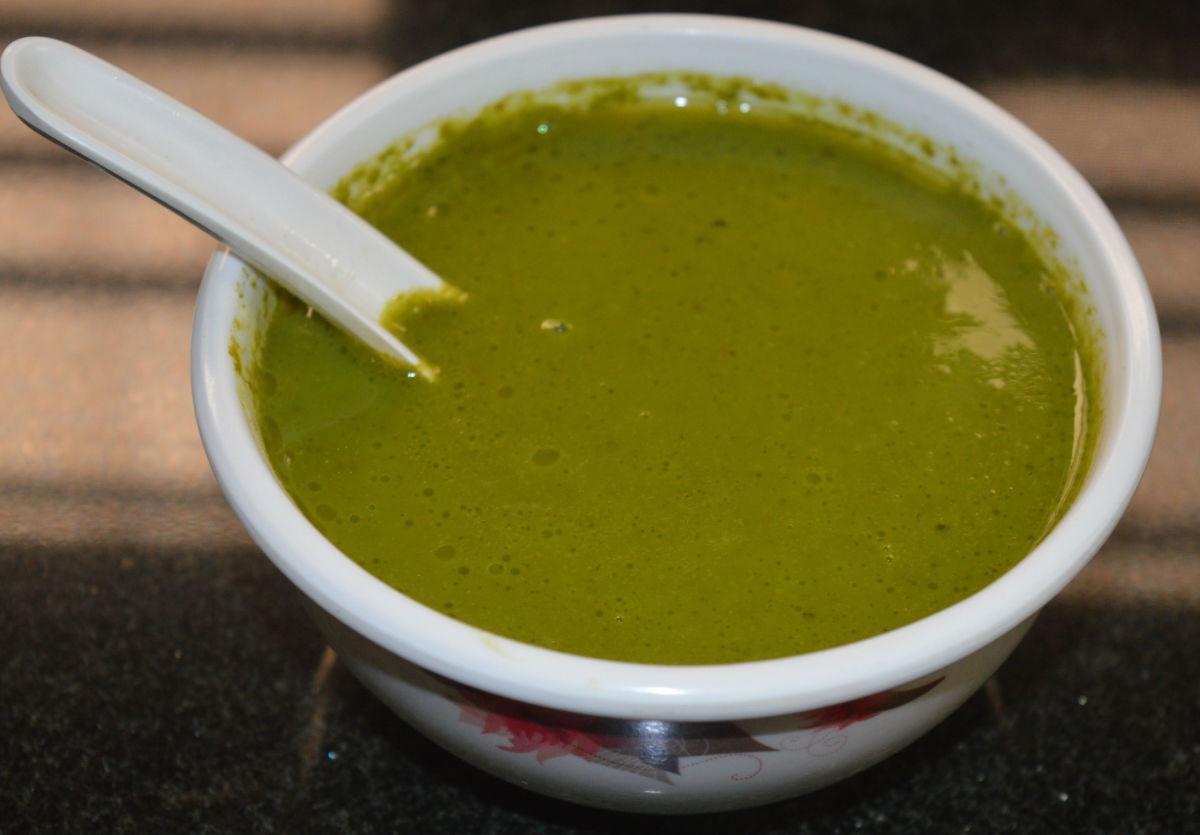 Palak Green Pea Garlic Soup