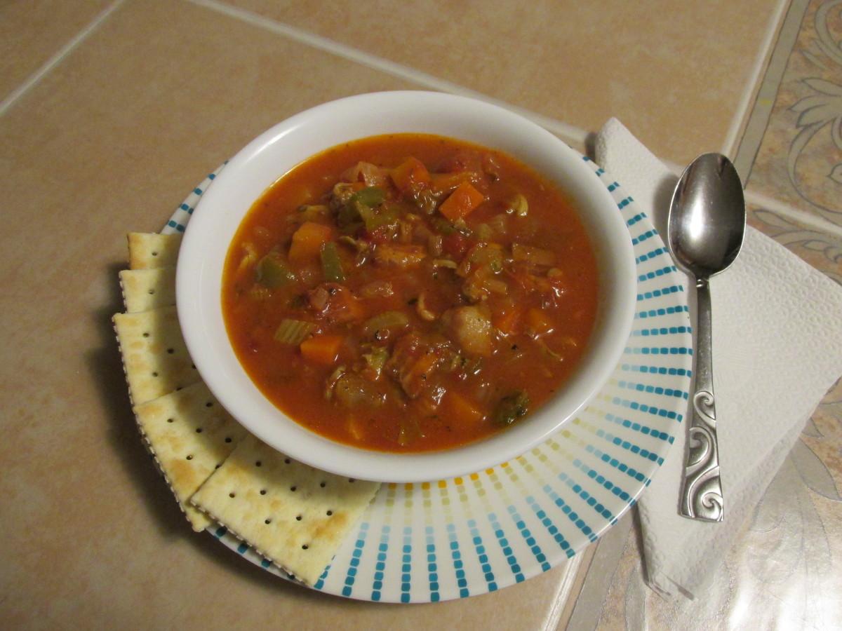Low-Carb Manhattan Clam Chowder Recipe