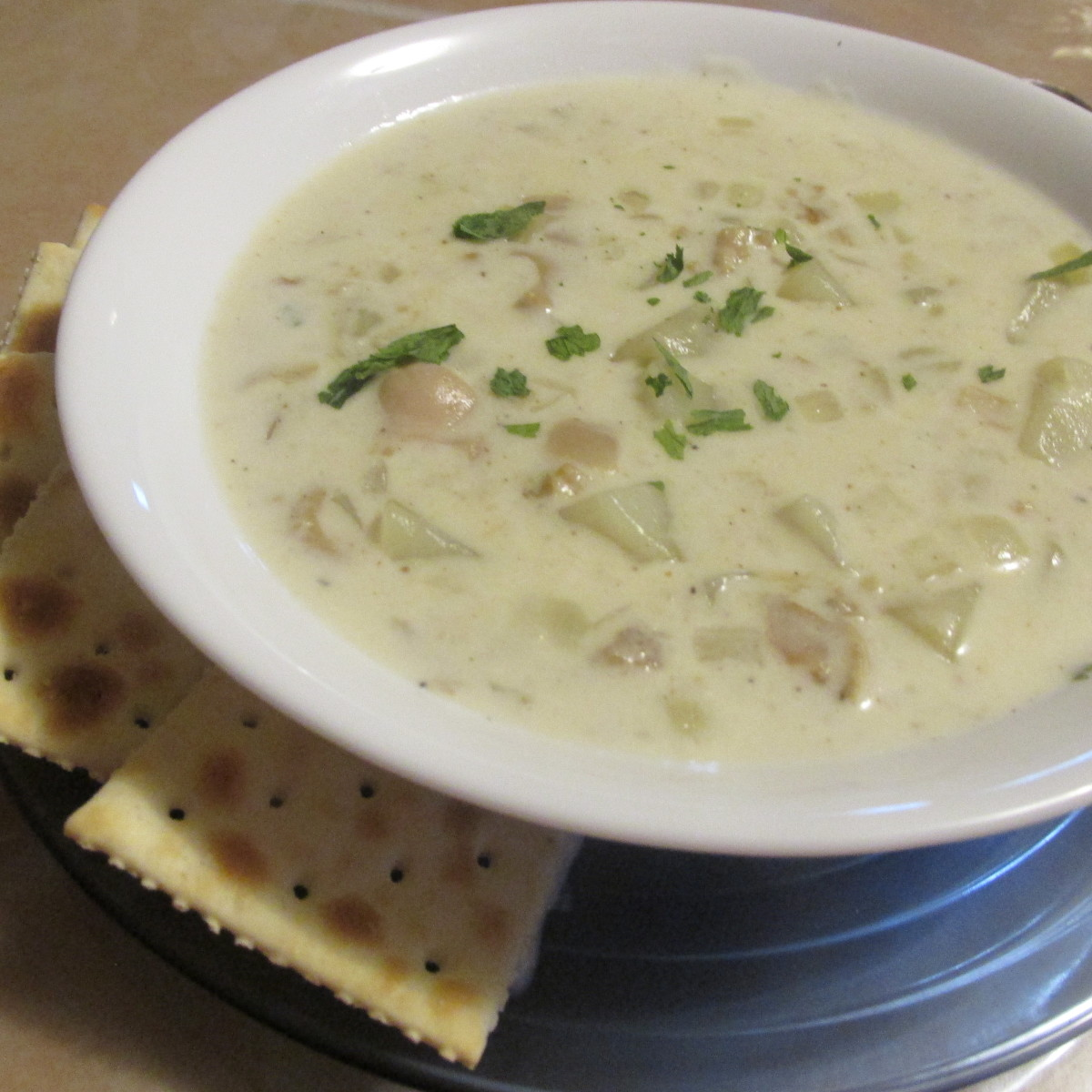 How to Make White Clam Chowder