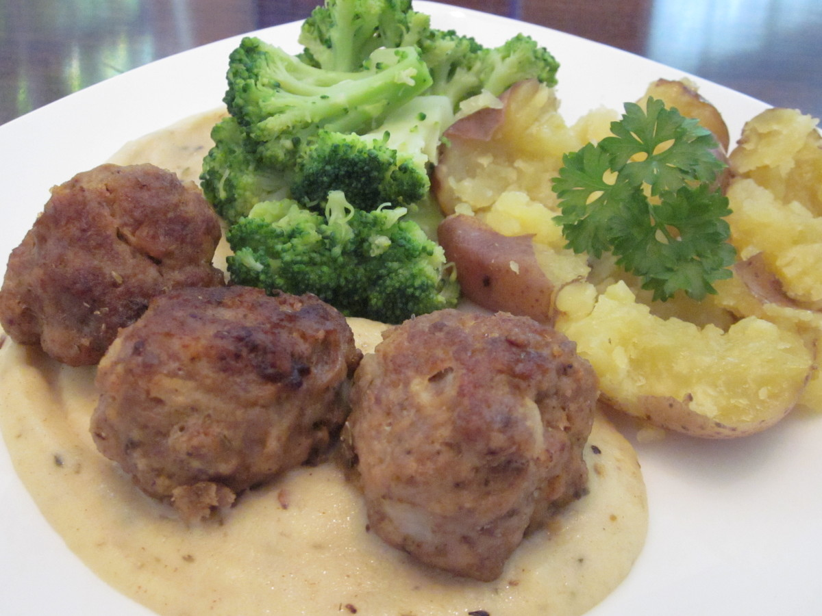 Serving suggestion for pork and apple meatballs