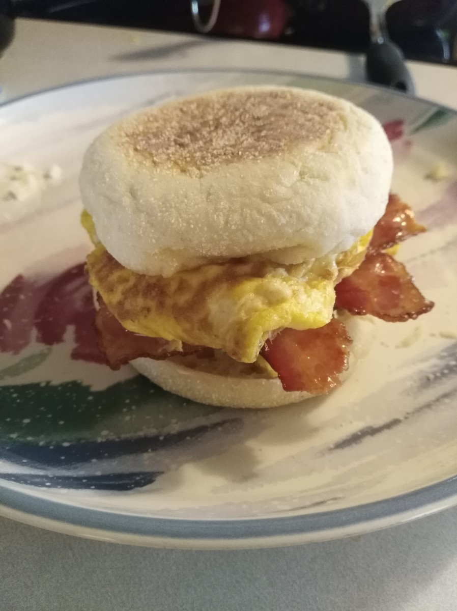 Easy, Delicious Egg Muffin Breakfast Sandwiches