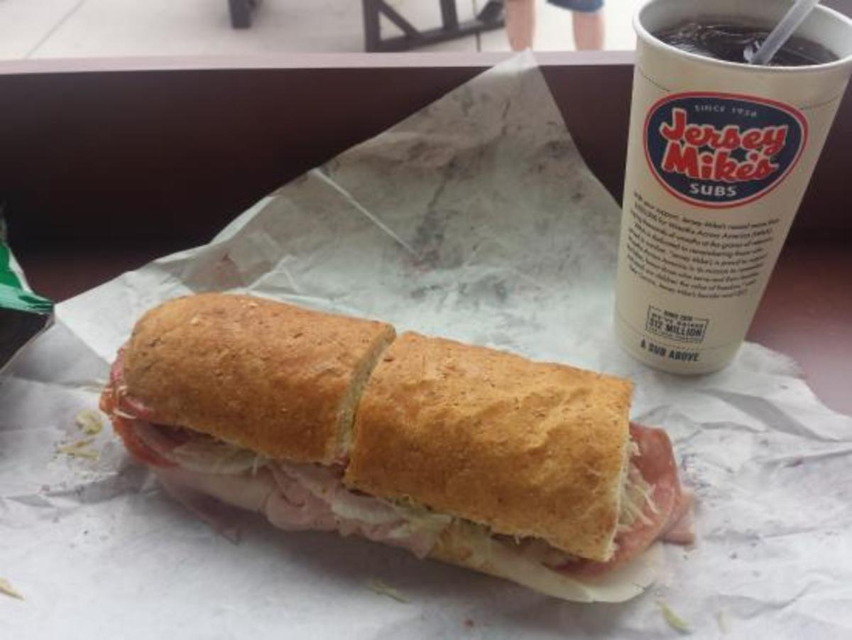 A Review of 6  Sub Sandwich Shops