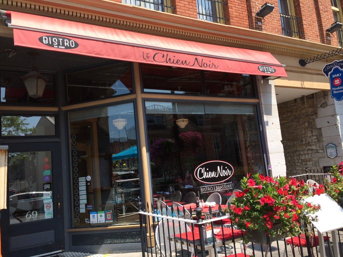 Review of Le Chien Noir in Kingston, Ontario