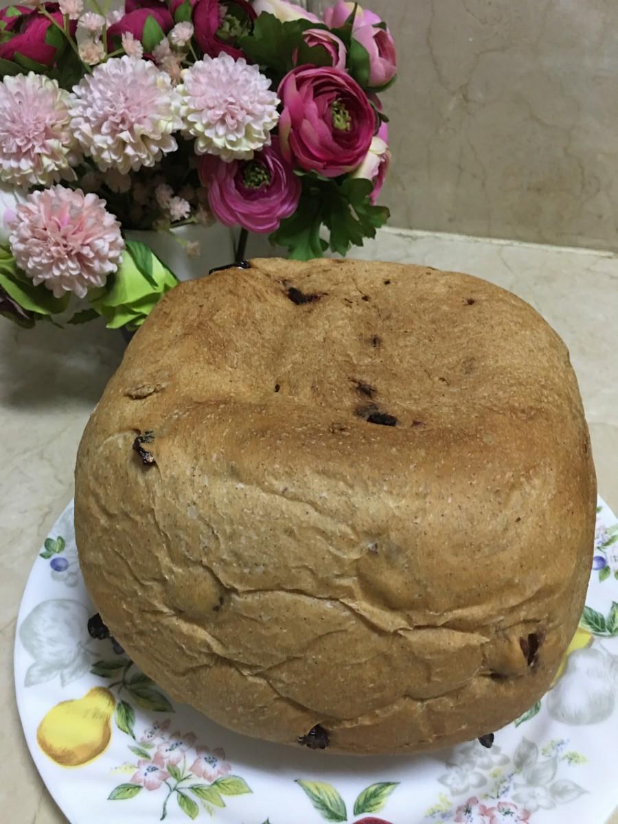 Bread Machine Cranberry Cinnamon Bread