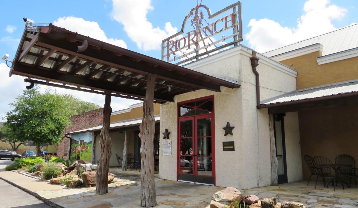 Exterior of Rio Ranch Restaurant in Houston