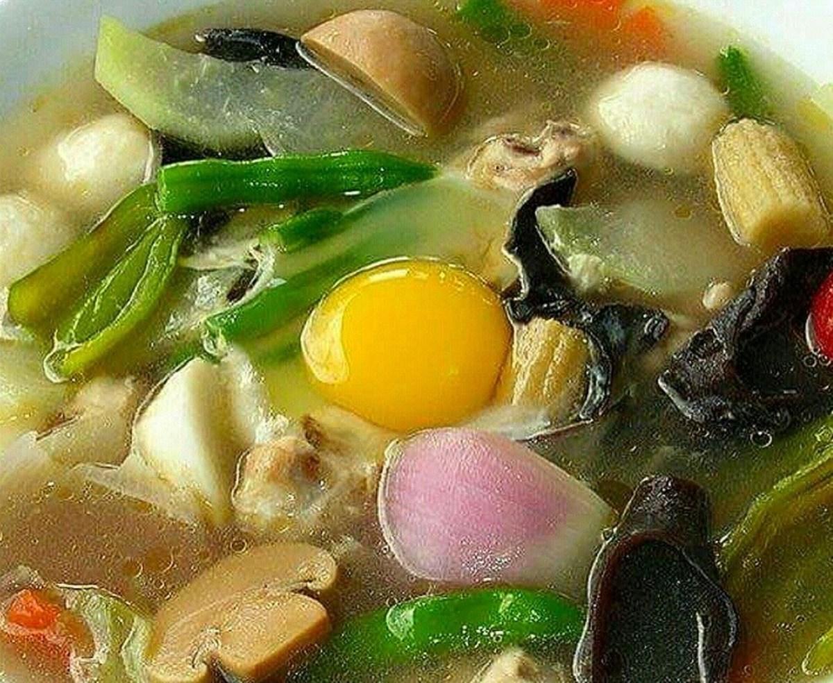 Hototay (Filipino-Style Wor Won Ton Soup)