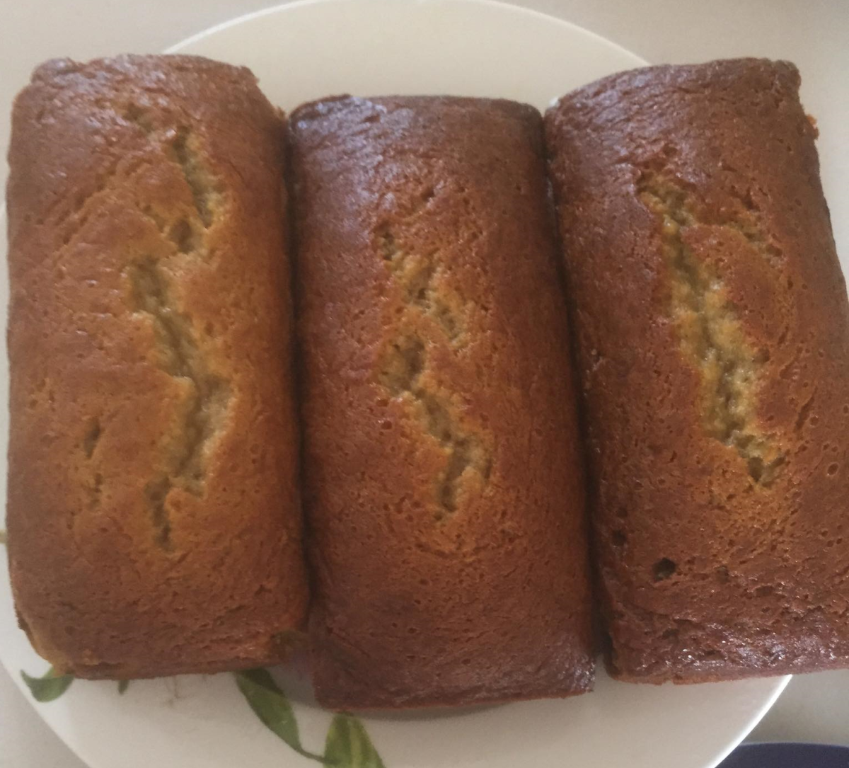 Of all my mom's desserts, this banana cake is my favorite.