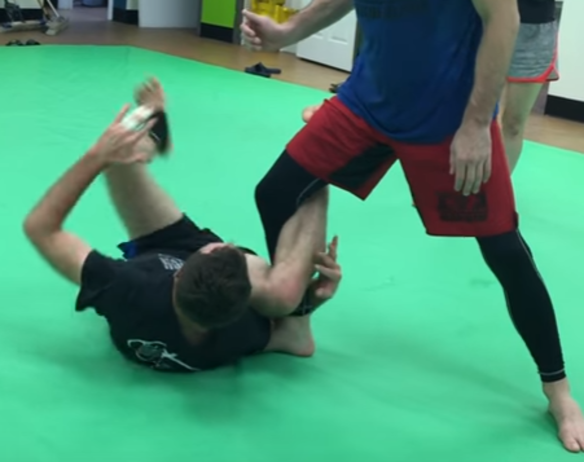 Reverse De La Riva Guard Sweeps for No-Gi BJJ