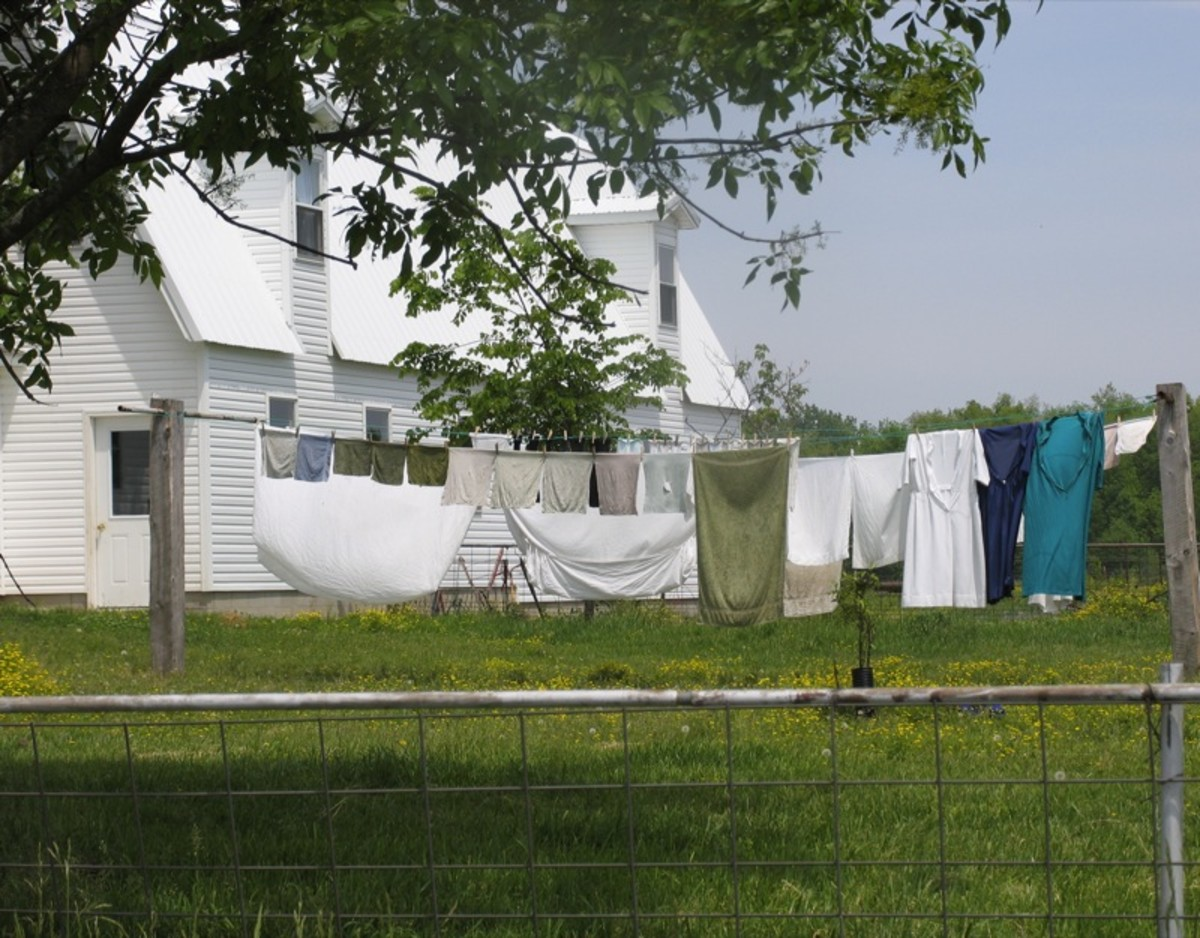 Her clothesline theater