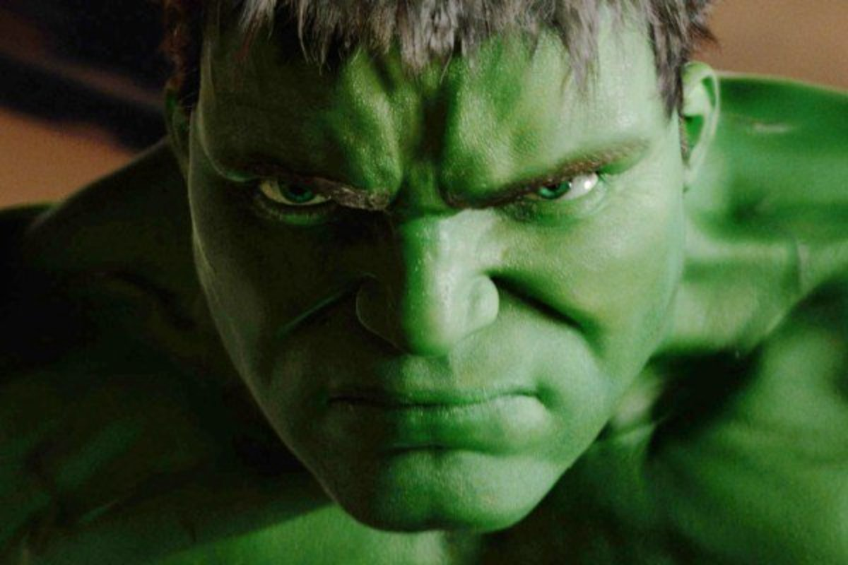 "The Different Marvel Film : ""Hulk"" (2003) Movie Review"