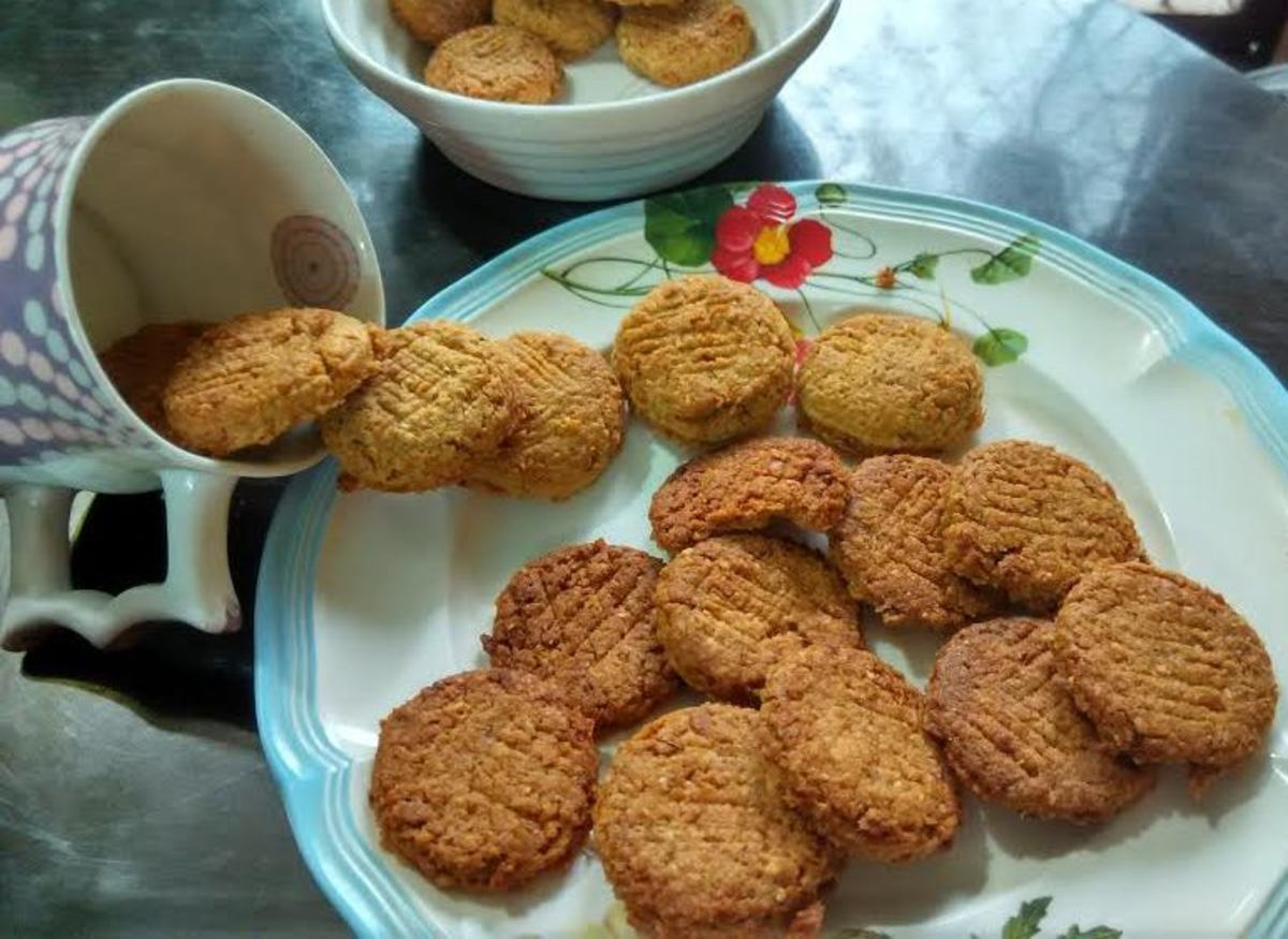 Eggless Crunchy Oatmeal Coconut Cookies