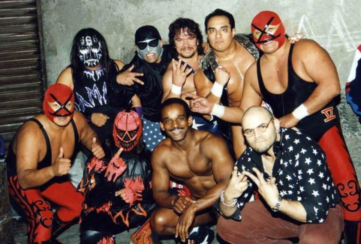 Lucha Tributes: Promo Azteca