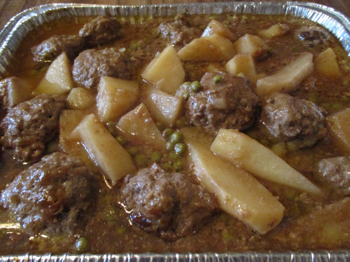 Mom's Cooking: An Easy-to-Make Meatball Stew Recipe