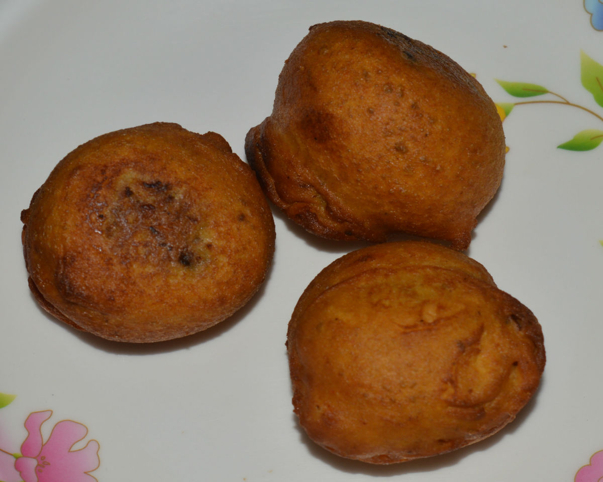 Spicy Vegetable Balls (Bonda) Recipe