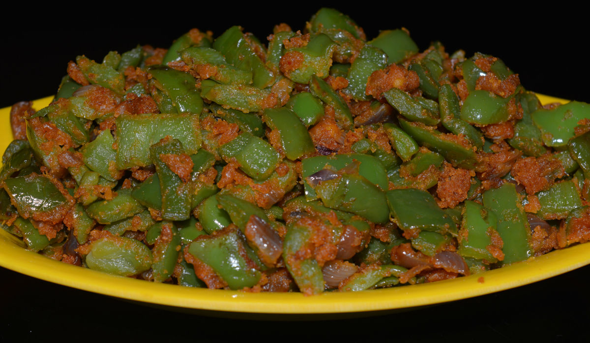 Bell pepper dry curry