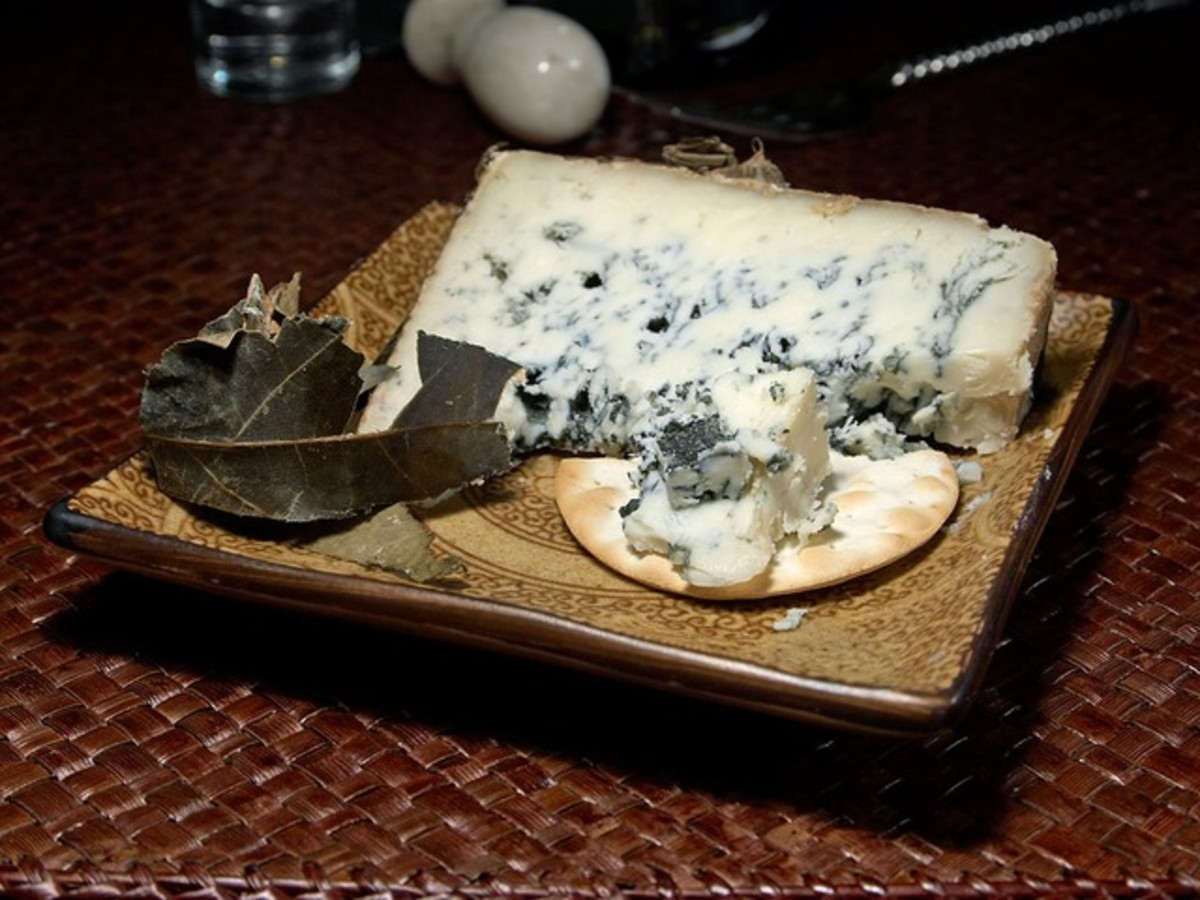 Exploring Blue Cheese: Myths, Truths, and Fabulous Recipes