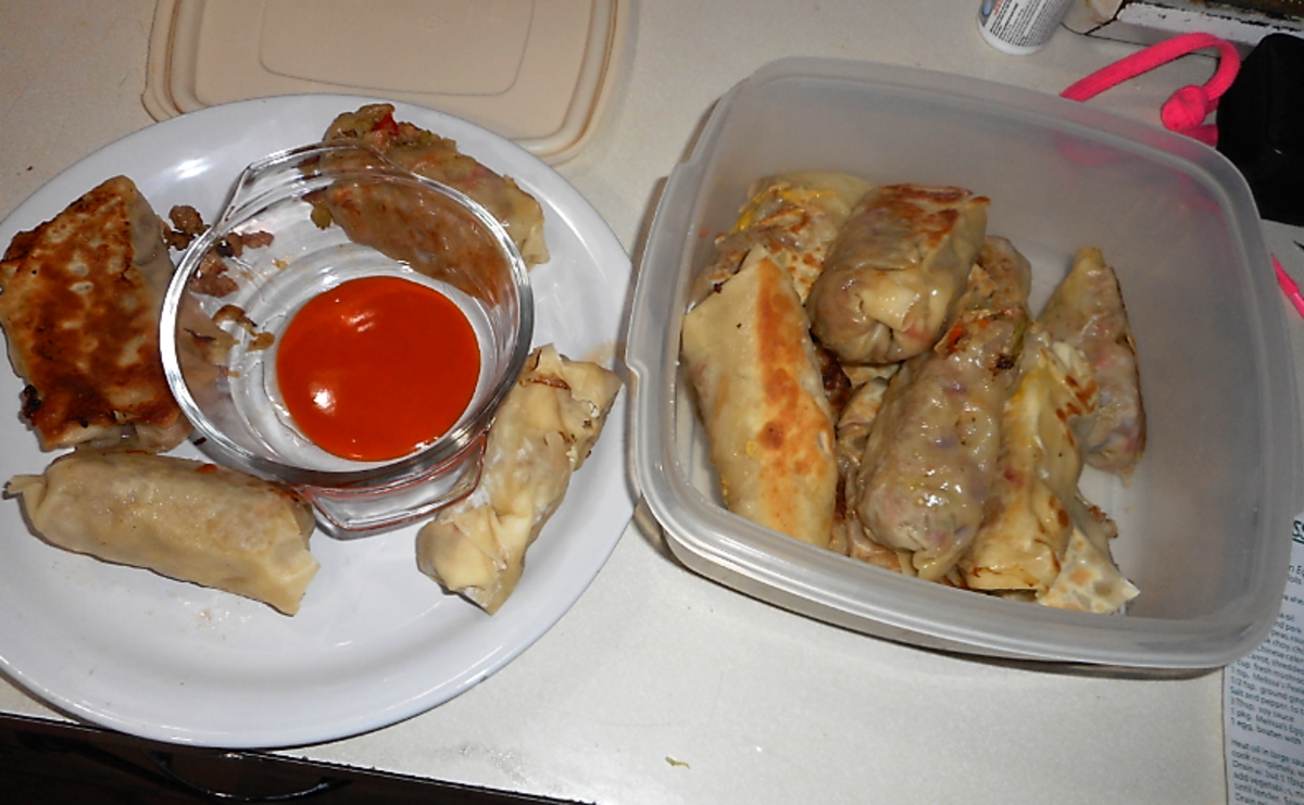 Minnesota Cooking: Yummy Egg Rolls or Potstickers