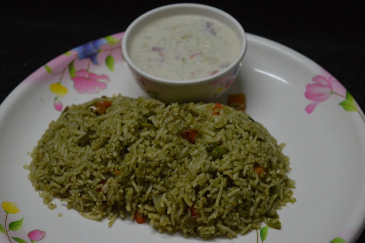 Vegetable Pulao With Mint Leaves