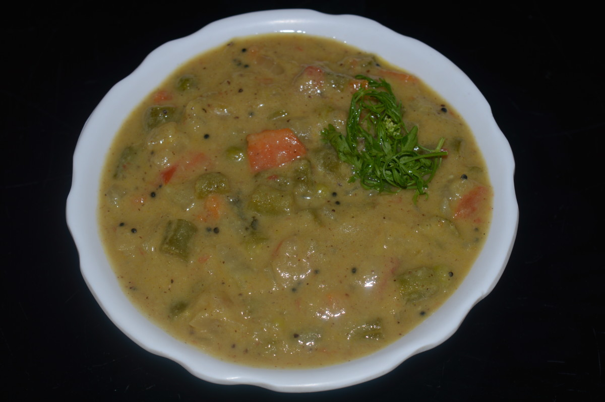 Mixed vegetable curry called 'Saagu'