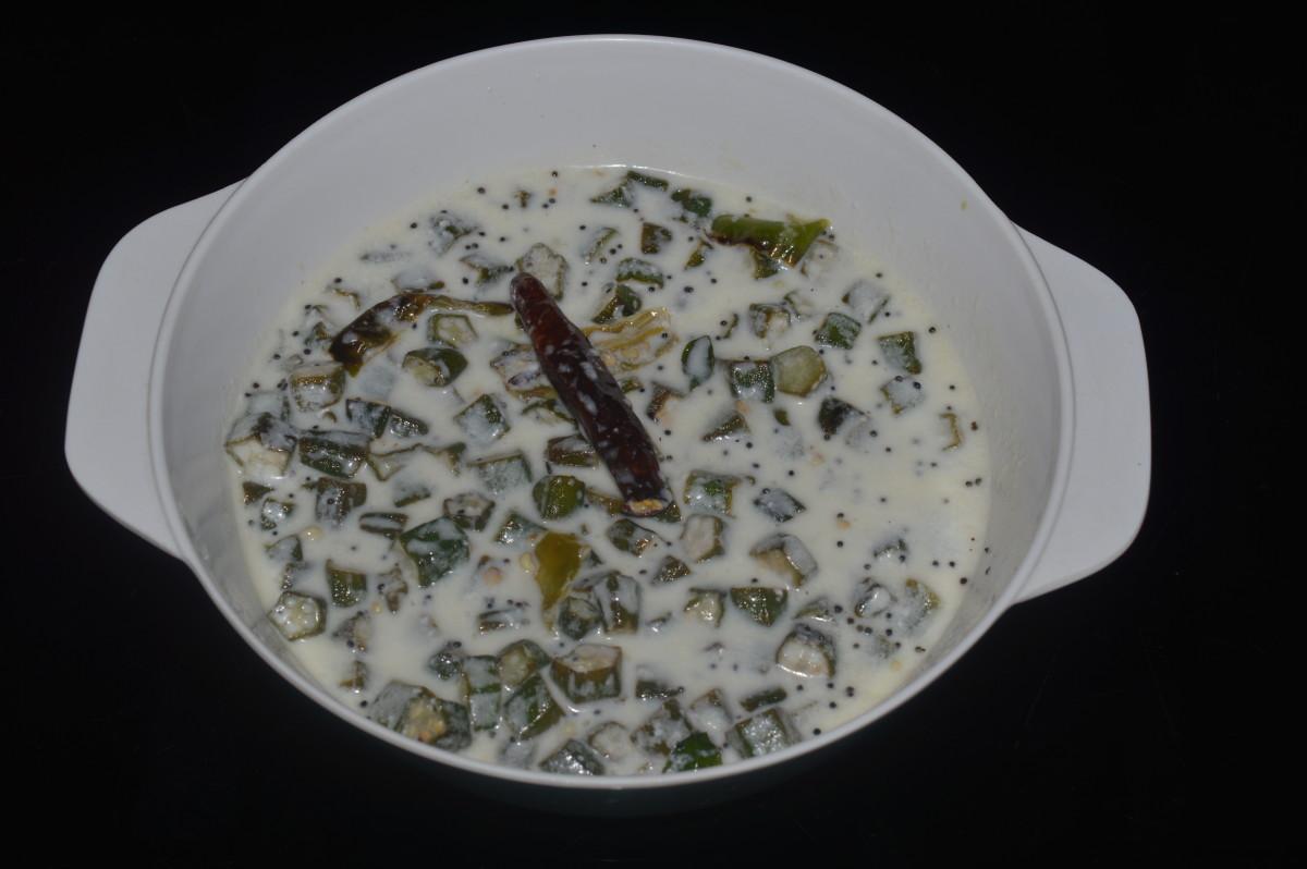 Making Okra Raita - a Curry With Yogurt
