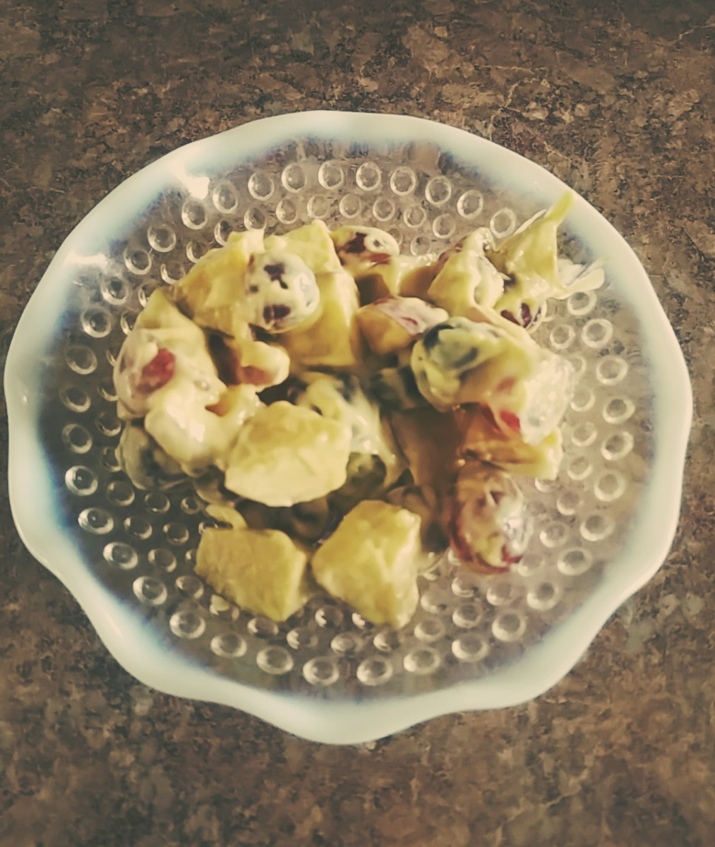 Apple-Grape Salad: A Family Recipe