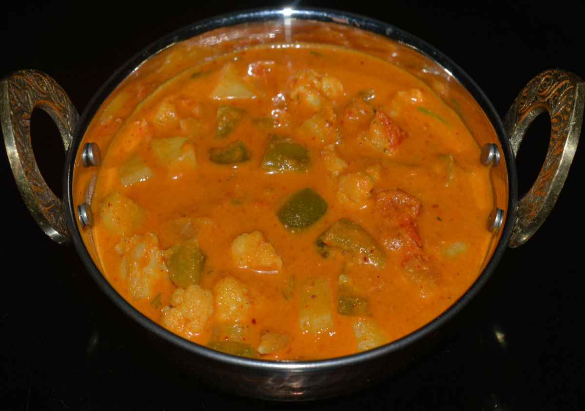 Kadhai mixed vegetable curry.