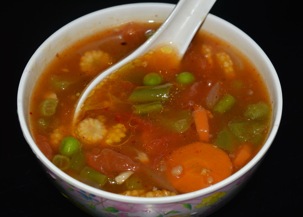 Szechuan soup with stir-fried vegetables