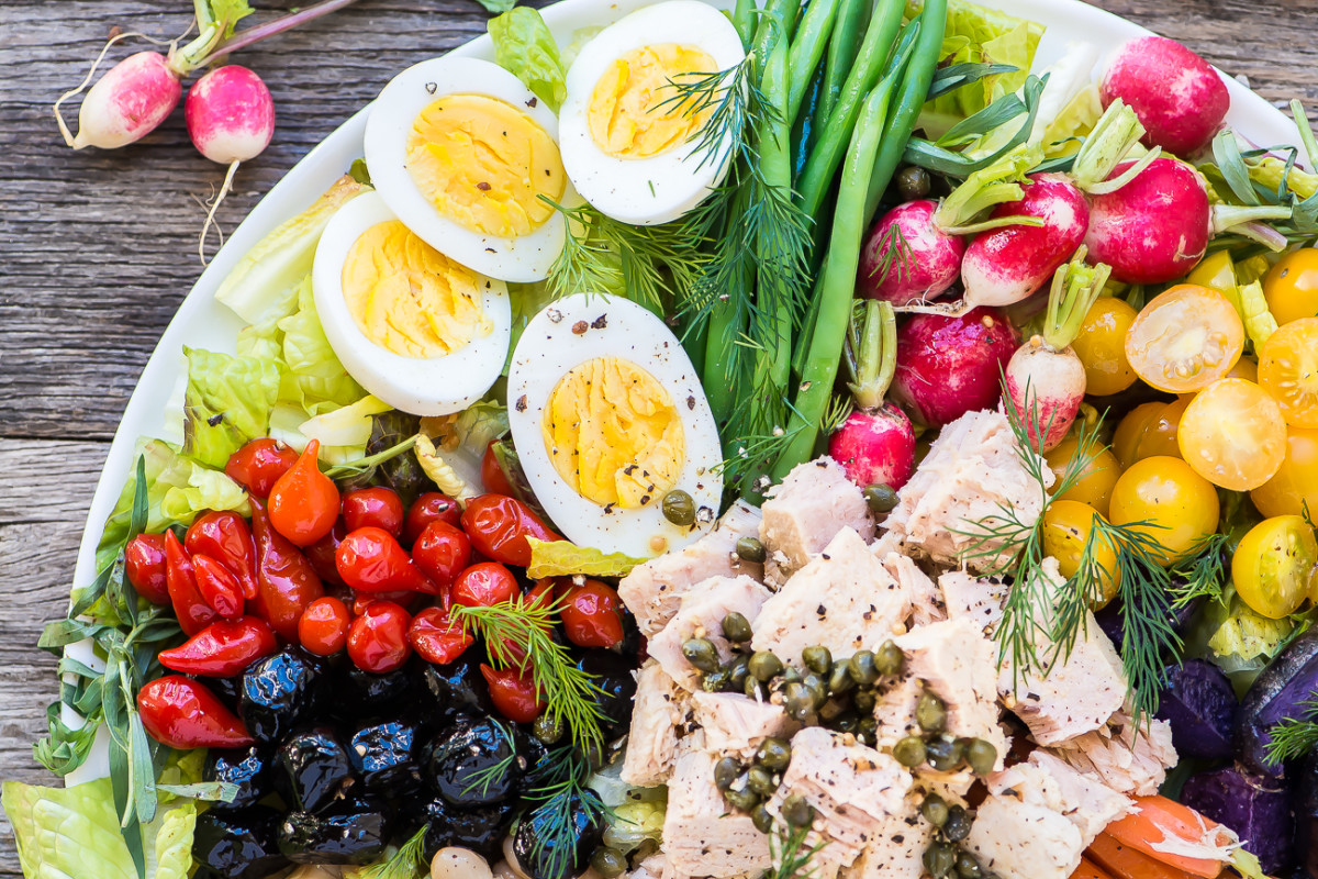 How to Make the Perfect Salade Niçoise