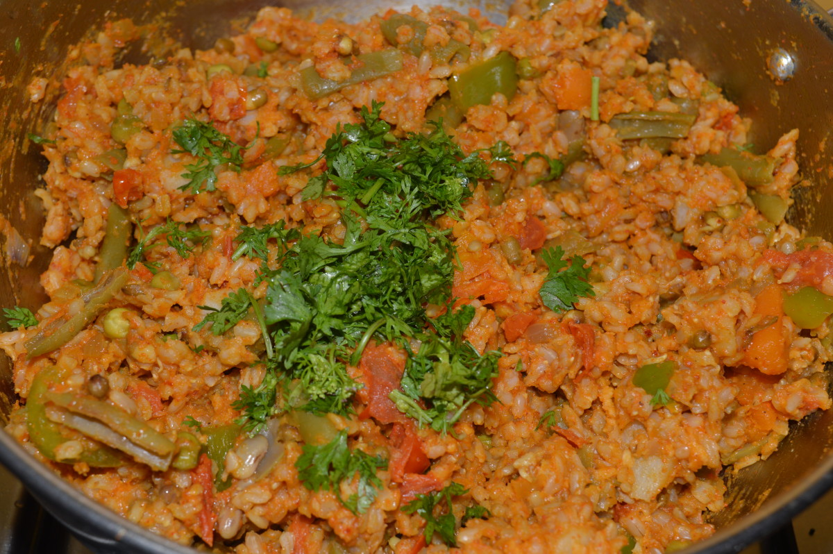 A Diabetes-Friendly Spicy Rice Dish With Brown Rice and Mung Bean Sprouts