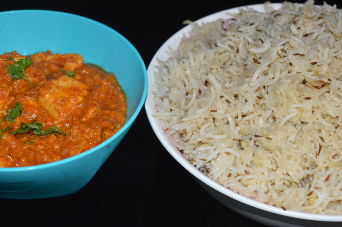 Cumin rice served with Paneer makhani