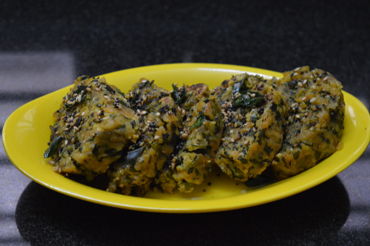 Fenugreek-leaf steamed dumplings (methi muthiya).